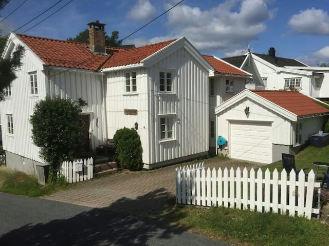 Room in an international home  - Grimstad