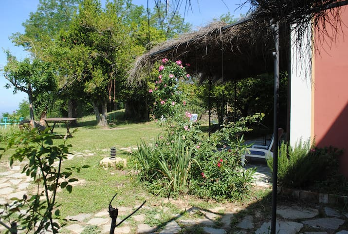 Farm hosting in Tertulia - Room Fuoco - Vicchio - Vacation home