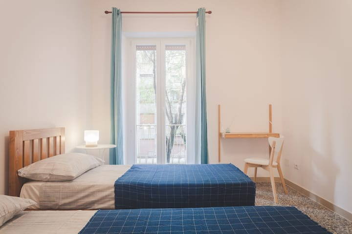 LIGHT BLUE Room | private room in a flat