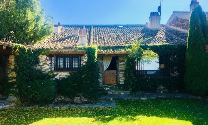 19th century country house in Segovia Countryside