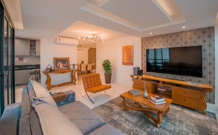 Penthouse Premier Ocean Front Exclusive (Luxury)