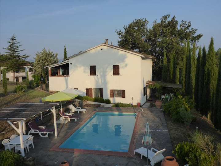 Apartment, 3.5 rooms in Toscany