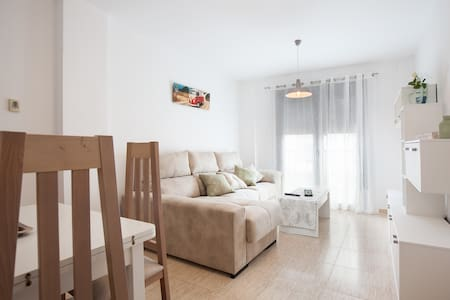 Sunny new flat next to the beach! - Roquetas de Mar - Appartement