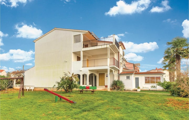 Nice home in Fazana with WiFi and 1 Bedrooms
