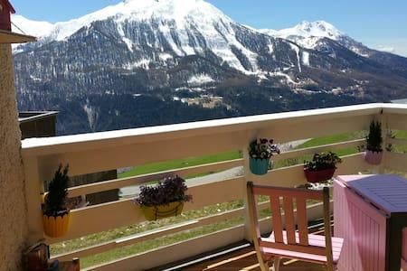 Joli studio avec balcon & vue 2P. - Orcières