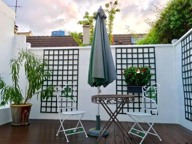 Large Studio Paris-Courbevoie with Terrace - Courbevoie - Byt