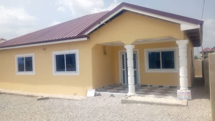 Private 3 Bedroom Executive House