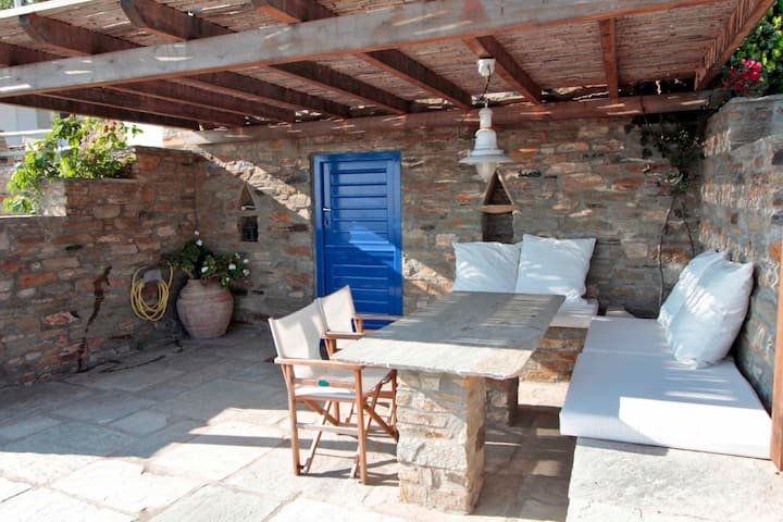 Guest House in Triandaros