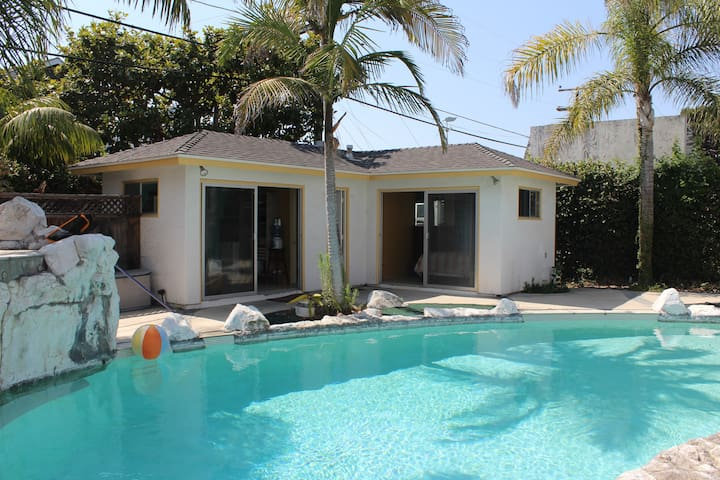 Coronado Beach Pool Cottage