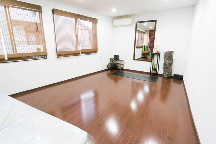 Yoga Room - Hirakata-shi - Apartment