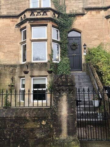 Devonshire Garden Apartment