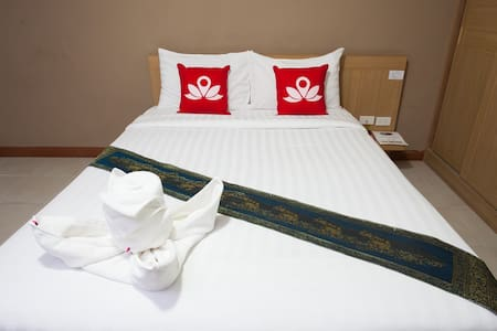Exquisite Room at Vibhavadee-Rangsit - Bed & Breakfast