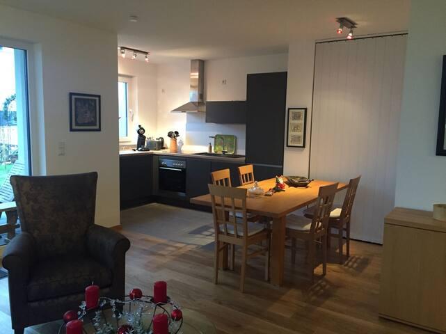 2 Bedroom Apartment Neuss / Düsseldorf