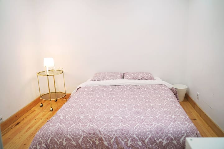 Nice suite with private bathroom - Bairro Alto