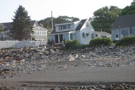 Home located 40' from the ocean! - York - Haus