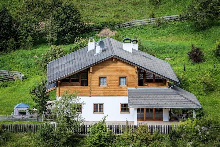 Haus Traudi Obereggen/ Rauth - Novale