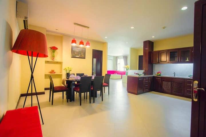 2 Bedroom Apartment at city center/ 2베트룸 아파트, 조식무료