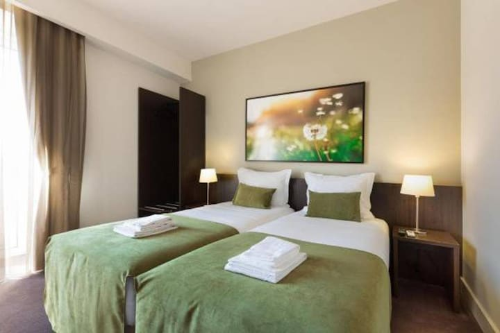 Riversuites - Twin Basic Room