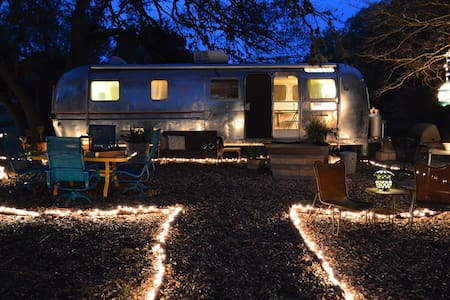 Shady Hill Country Airstream - Dripping Springs