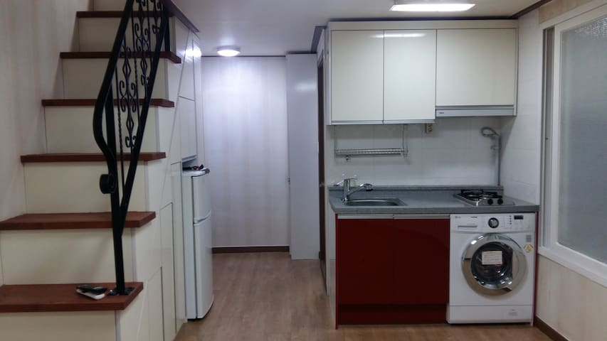 FURNISHED DUPLEX STUDIO Ensuring privacy & safty - Byeongjeomdong-ro, Hwaseong-si - Apartment