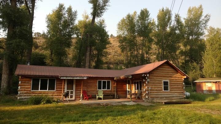 Cabin on Sweetwater Creek