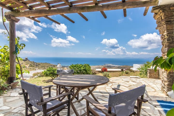 Tinos. Τriandaros seaview house