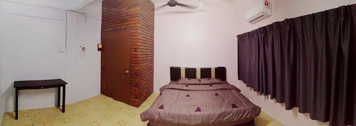 Take A Trip Bentong Homestay 1 King Bedroom A