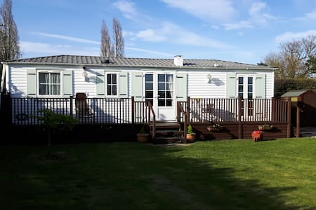 Self contained chalet. - Suffolk - Overig