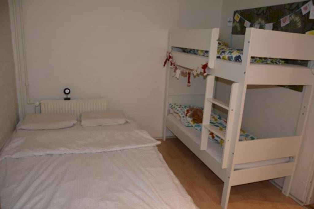 1 double bed (queen size) and 2 children beds