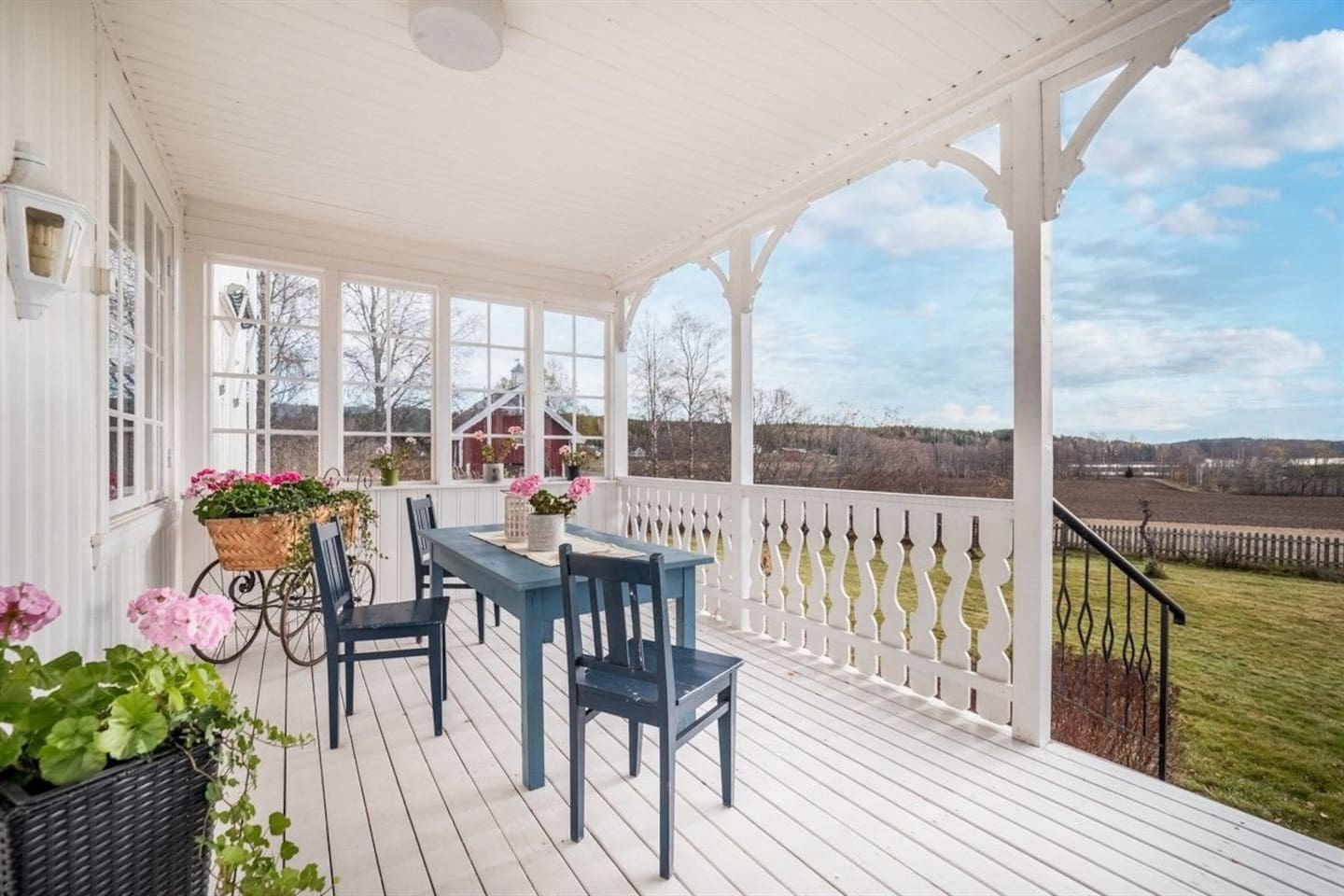 Veranda with view against south, in the direction of the garden and the lake.