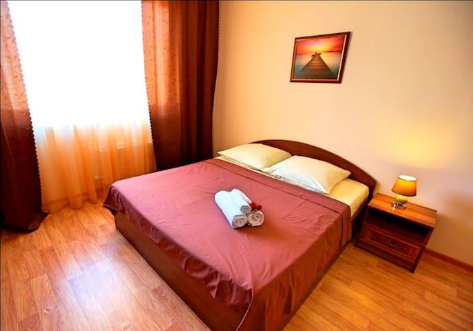 Крылова 32 Б, Уютная, современная квартира COMFORT - Surgut - Apartment