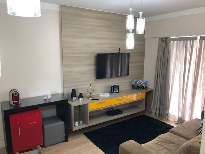 Apartamento elegante , aconchegante e funcional .