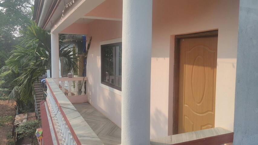 Spacious 1BHK house for vacation...