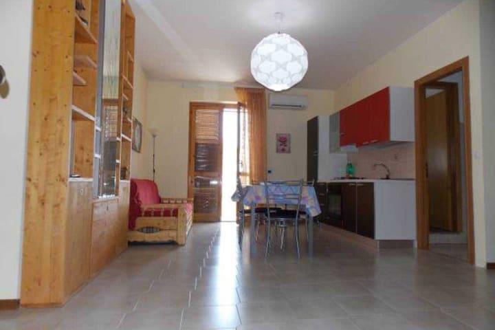Monovano fronte mare - Sant'Anna - Apartment
