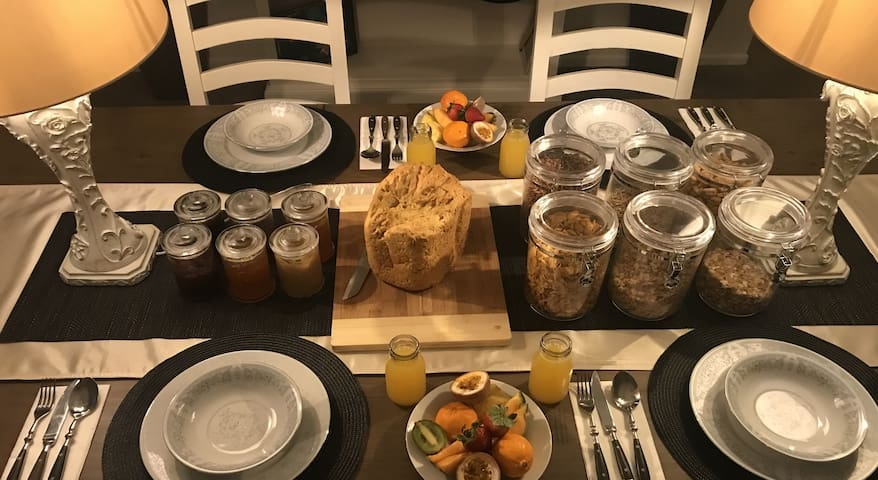 Freshwater BnB - Hervey boutique room + breakfast