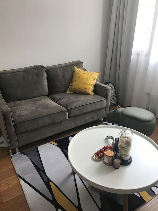 休闲小客厅/沙发可展开变双人床