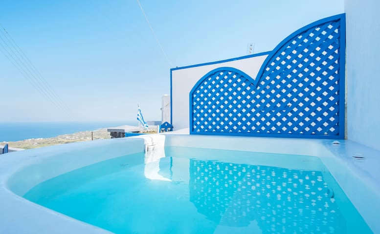 Kalo house, private jacuzzi, direct sea view - Vourvoulos - House