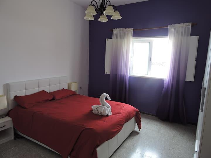 Violet Room in Villa Soo