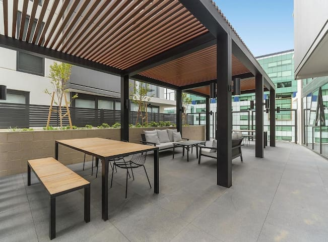 CBD lifestyle at Canberra' newest luxury apartment