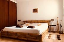 Bamboo room 001