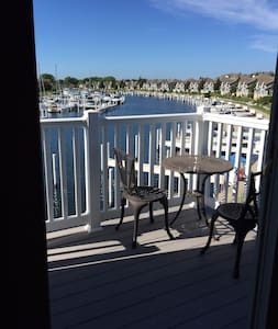 Cozy 1 bedroom condo in beautiful Harbor Village - Manistee - Condomínio