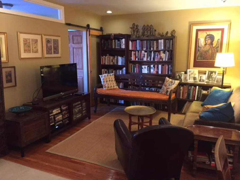 jackson heights 2 bedrooms housing apartments for rent