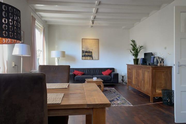 Gezellig appartement , 20 min van Amsterdam