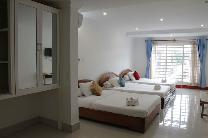 Big space for group of friends and families. - Krong Preah Sihanouk - Apartment