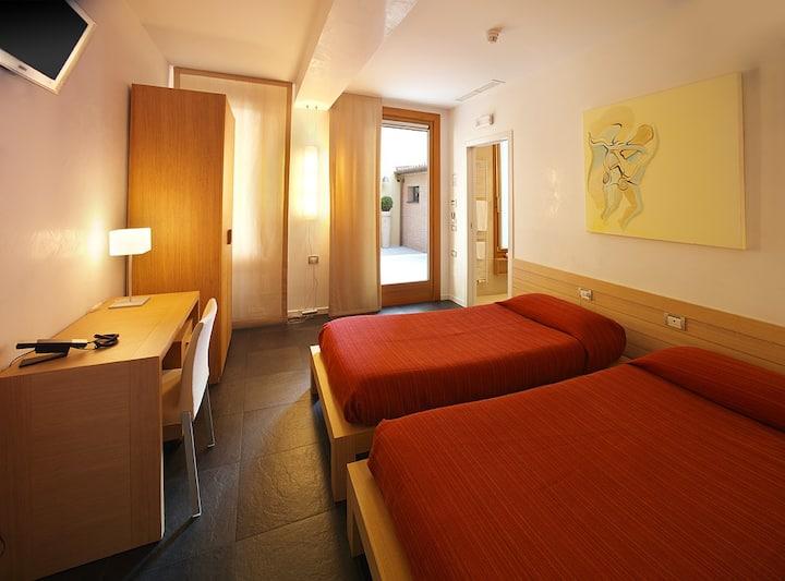 Ca' Pozzo INN 2- Standard room