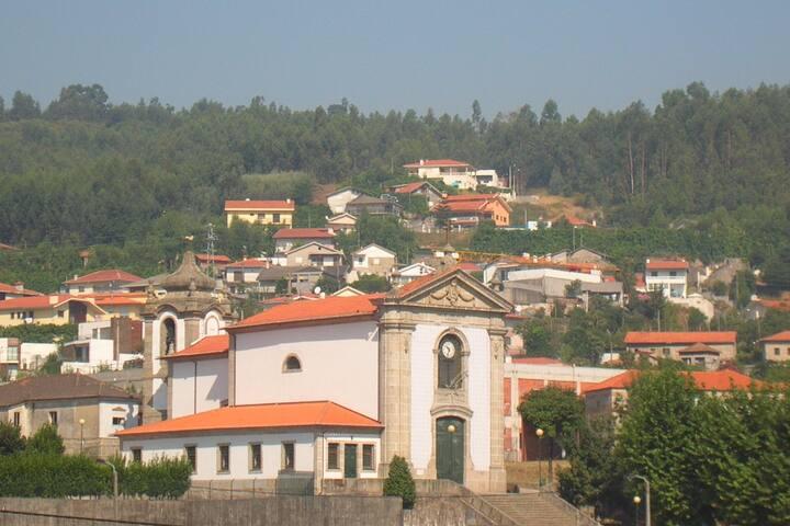 Aux vignes de Nespereira