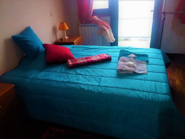 Espinho (near oporto) doble room with Balcony - เอสพินโฮ - บ้าน