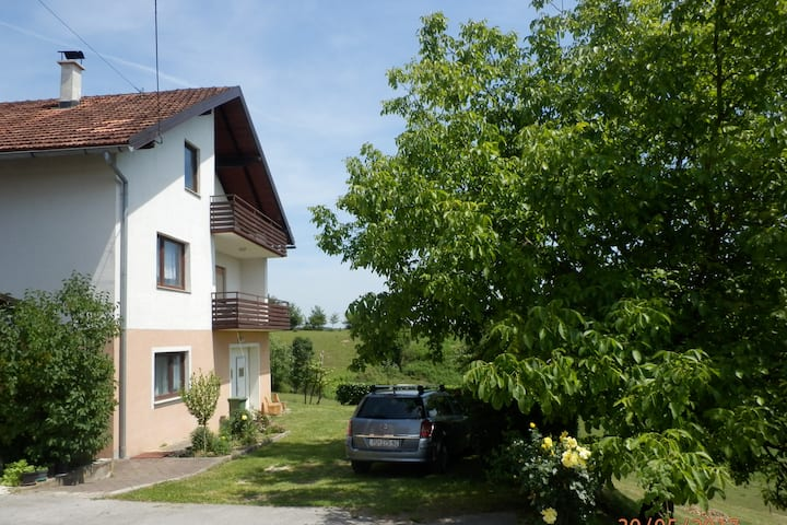 Apartment Jurcevic 2-4-6 pers, 30min from Plitvice