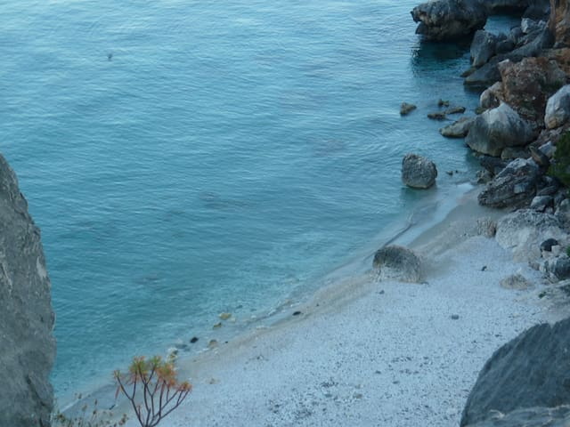 Monolocale Sardegna del sud - a 300 mt dal mare