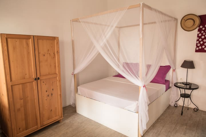 Chambre sur terrasse à Dakar-Plateau n°2